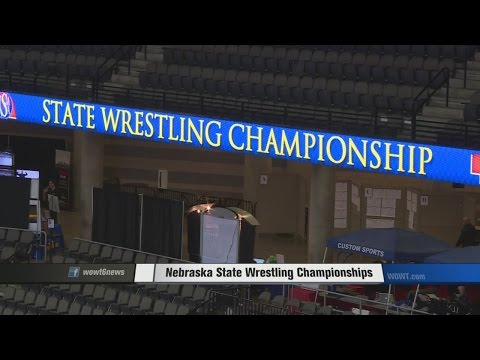 State Wrestling crowds bring big business for Omaha