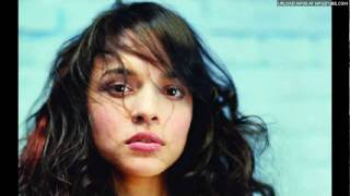 Watch Norah Jones In The Dark video