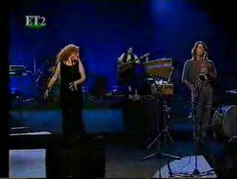 Elly Paspala - Temptation - Tom Waits Cover