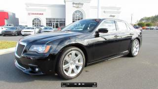 Chrysler 300 SRT8 2012 Videos