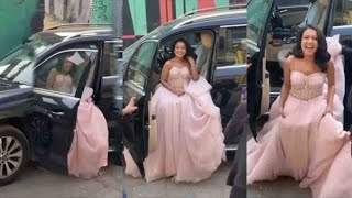 Neha Kakkar's Ravishing Entry In A Walking Car For Further Functions Of Her Wedding | #NehuKiShaadi