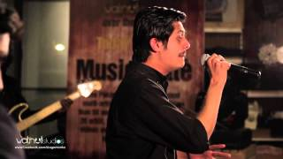 Daddy - Omar Khan (Live @ Music Latte)