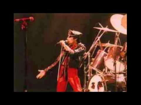 16. Spread Your Wings (Queen-Live At The Hammersmith: 12/26/1979)