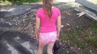 За мной по улице бежит маленький котенок