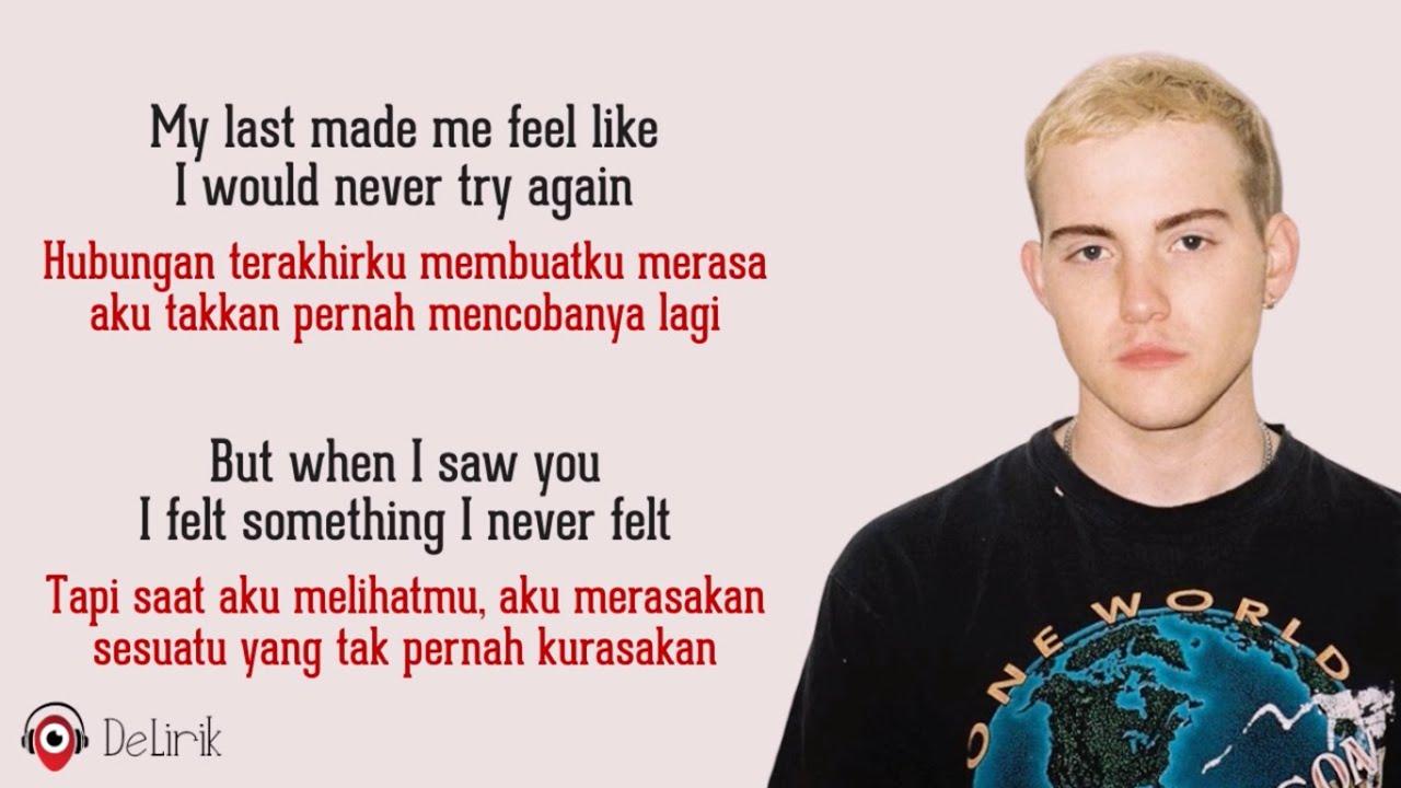Download Falling - Trevor Daniel (Lyrics video dan terjemahan)