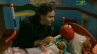 Elmo y Andrea Bocelli español