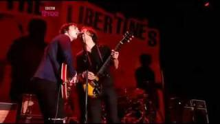 the libertines 07 music when the lights go out live reading festival 2010 mp4