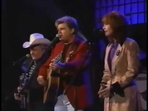 Ralph Stanley, Ricky Skaggs, Patty Loveless - She's More To Be Pitied [ Live ]