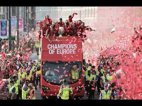 Perayaan Parade trofi liverpool juara champion