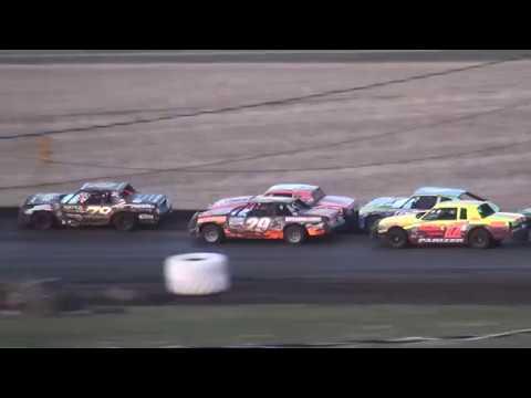 IMCA Hobby Stock feature Benton County Speedway 4/22/18