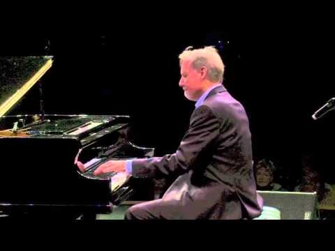Pachelbel Canon in D in concert  Mike Strickland