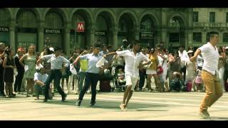 FLASH MOB DE MARINERA EN MILÁN 2014 - VIDEO OFICIAL