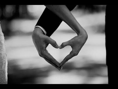 Online гадание  Ящик Пандоры. Как относится ко мне партнер?Любит или нет? Перспектива отношений.