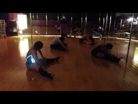 Dallas Pole Dance and Fitness Studio Ab Workout to Beyonce