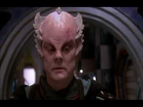 Babylon 5: Minbari gets a laugh