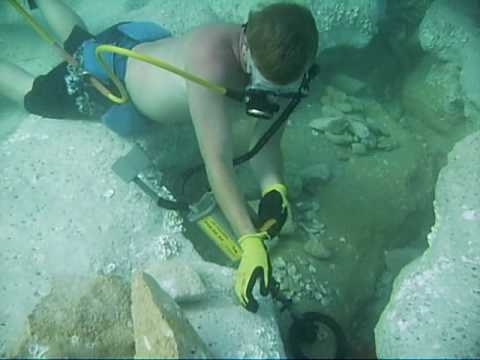 Where Is Jupiter Florida >> Treasure Hunting for Spanish gold and silver off Jupiter inlet Florida - YouTube