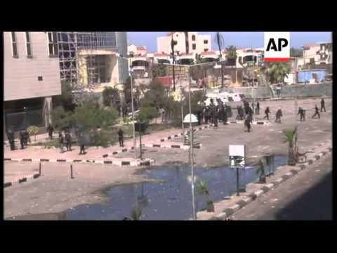 Egypt's leader mulls army takeover of restive city amid ongoing clashes