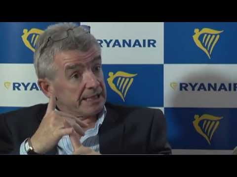"""I'll kiss your bum at the gate"": Ryanair CEO O'Leary in Amsterdam"