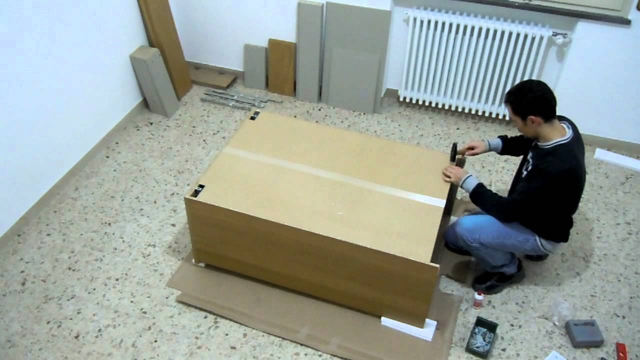 How to assemble a chest of drawers 26