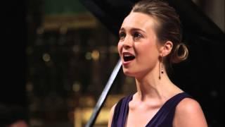 Sophie Macrae - Le Colibri (Chausson)