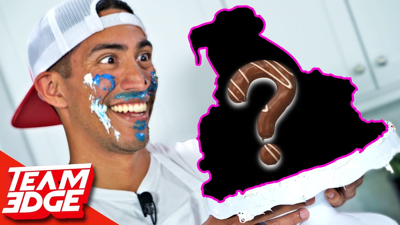 Cake WARS!! | Noobz Try Cake Decorating