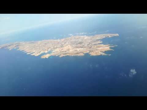 Decollo da Lampedusa con panorama mozzafiato