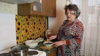 Вкусный салат из синей капусты с маслом