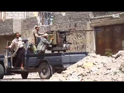 فيديو: الحوثيون يقصفون منازل في تعز