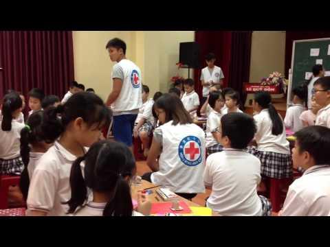 Hongkong Students (Law Uni) with LeQuyDon School