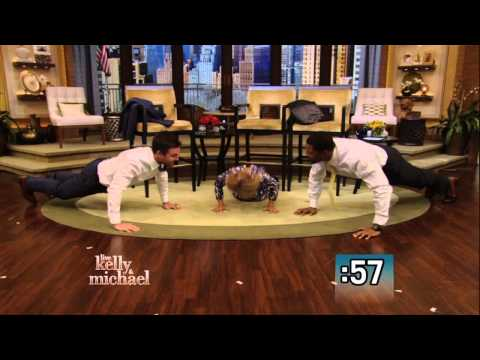 PushUp Competition Between Stephen Amell and Kelly and Michael
