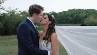 A beautiful wedding at Ravenswood Mansion in Brentwood Tennessee