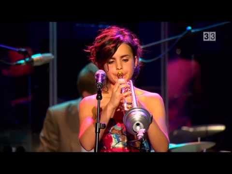 "Andrea Motis & Joan Chamorro Grup - "" Someday My Prince Will Come """