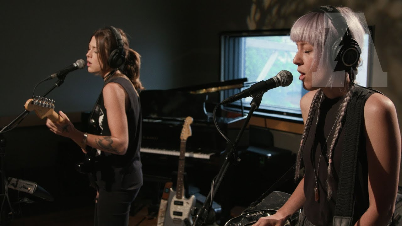larkin-poe-might-as-well-be-me-audiotree-live-3-of-4-audiotree