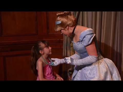 Meeting Cinderella And Elena At Princess Fairytale Hall! - Magic Kingdom, Walt Disney World, Florida