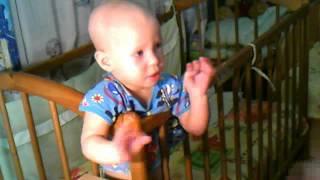 ребенок любящий песню опа гангам стайл :D