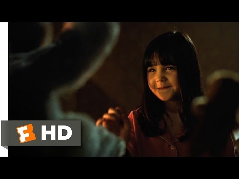 Don't Be Afraid of the Dark (1/7) Movie CLIP - Little Visitors in the Night (2010) HD