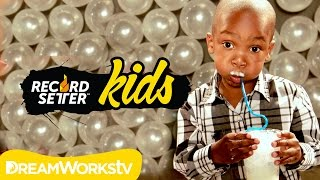 Bubble Blowing Challenge with Zay Zay and Jo Jo I RECORDSETTER KIDS