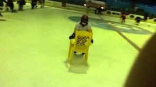 Первый урок хоккея