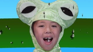 Five Little Speckled Frogs | Nursery Rhymes | Easy Subtraction | Songs for Kids