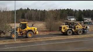 pulloff cat vs jcb
