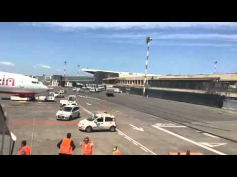 Catania Airport Operations 10/05/15 - YouTube