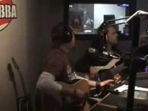 Jason Aldean Amarillo Sky LIVE in studio