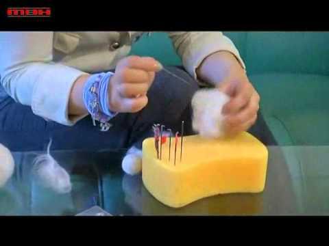 Мастер-класс по валянию.wmv - YouTube: http://www.youtube.com/watch?v=HSSPUxtwUys