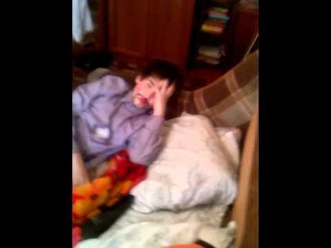Алексис техас прикол над спящей подругой