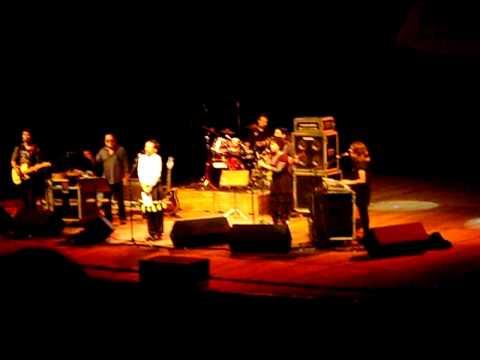 Show Tom Zé em Brasília 07/05/2011 - Ui! (Você inventa)