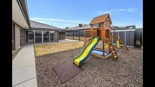 Googong - Large 5 Bedroom Home In A Quiet Location