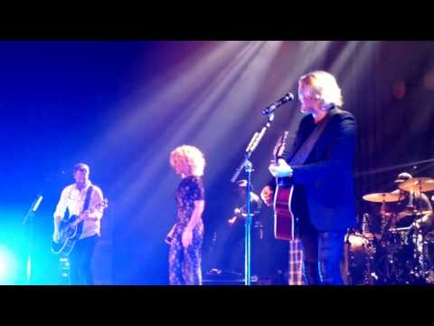 Little Big Town - Night On Our Side (Nashville 2/24/2017)