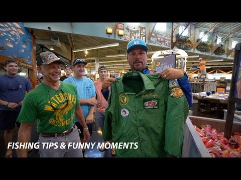 Fishing Tips at Bass Pro Shops and some Funny moments with fans