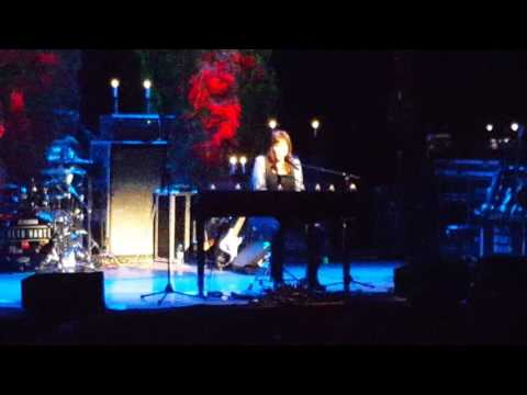 Beth Hart ~ Mama This Ones For You ~ Somerville,MA 22716