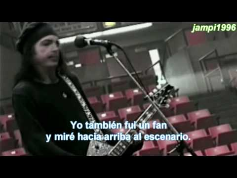 "The big idea of Paul Stanley to fly in ""Love Gun"" (Sub. Español) HD"